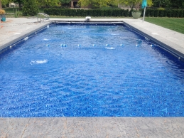Vinyl Liner In Ground Pool With Water Features
