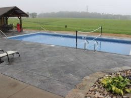 In Ground Vinyl Liner Pool With Volleyball Net Rectangular