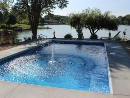 Vinyl Liner Geometric Pool With Fountain