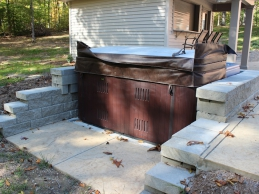 Outdoor Hot Tub With Custom Built Retaining Wall
